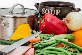 Soup pot with veggies